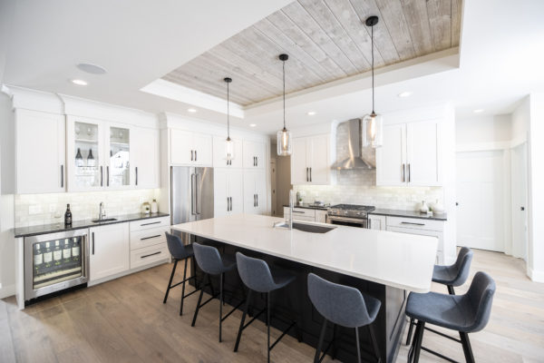 Easy BarnWood Traditional White Kitchen Ceiling